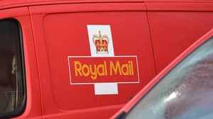​Martin Lewis Warns Shoppers Of 'Royal Mail' Scam Taking People's Bank Details​
