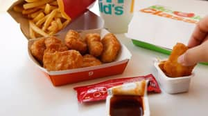 McDonald's Fans Rave About £6 Amazon Sauce Holder For Dipping Chicken Nuggets In Car