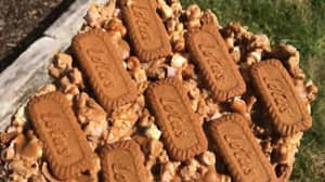 People Are Making Biscoff Rocky Road And We're Literally Drooling