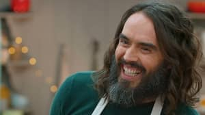 Russell Brand Creates Vagina-Inspired Biscuits On Celebrity GBBO