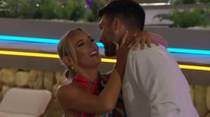 Love Island Fans Are Obsessed With The Chemistry Between Millie And Liam