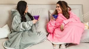 The Blanket Jumper Is An Essential Winter Accessory If You're Always Cold