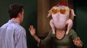 Courteney Cox Recreates Iconic Turkey Thanksgiving Scene From Friends