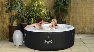 B&M Has Slashed The Price Of Its Sell-Out Hot Tubs By £50