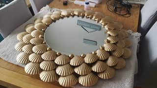 Woman Creates Incredible DIY Gold Mirror Out Of Shells For Just £55