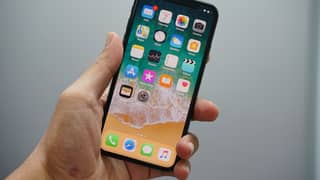 New Iphone Update Means You Can Screenshot By Tapping The Back Of Your Phone