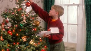 Putting Your Christmas Decorations Up Early Makes You Happier, Experts Claim