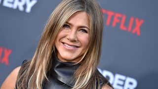 Jennifer Aniston Is Now On Instagram And Her First Picture Is A 'Friends' Reunion Selfie