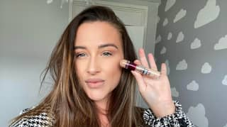 Woman Swears By £8.99 Maybelline Product To Cover Her Psoriasis