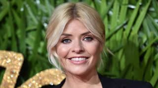 Holly Willoughby 'Confirmed' To Replace Ant Mcpartlin On I'm A Celeb