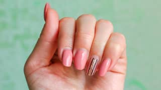 How To Remove Acrylic Nails At Home In Lockdown