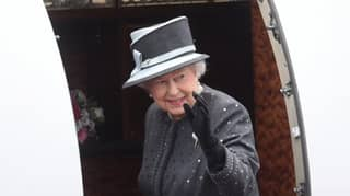 The Queen Is Looking For A New PA To Travel The World With Her And Get Paid £35,000