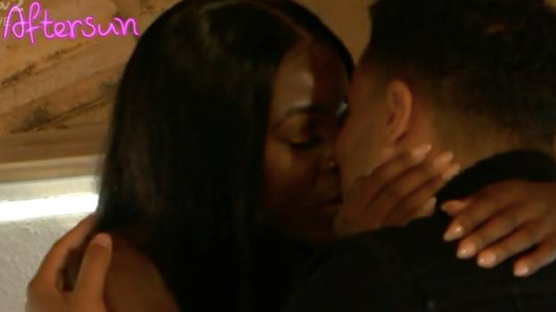 Love Island: #FreeKaz Is Trending After Toby And Kaz Kissing Scene Emerges