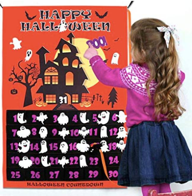 Halloween advent calendars can be as simple as a wall hanging (Credit: Amazon/ Ourwarm)