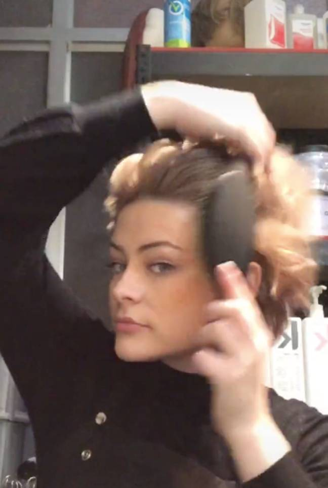 After messaging, brush your hair through to the ends (Credit: TikTok / @corascamera)