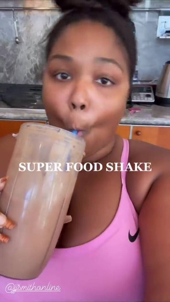 The singer promoted the detox smoothies on her social pages (Credit: Instagram/Lizzo)