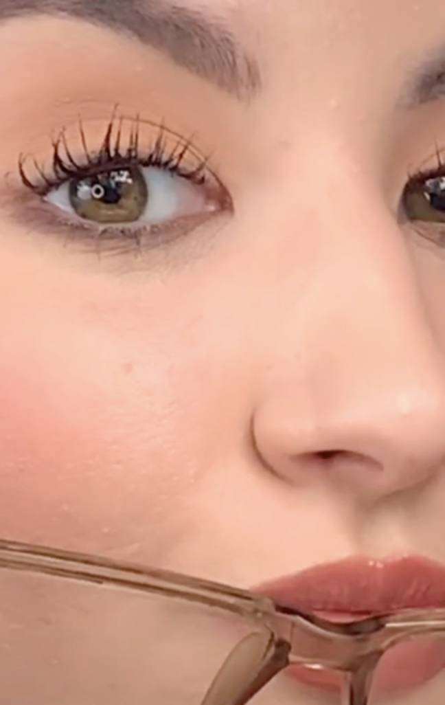 The miracle product gets rid of red marks from glasses (Credit: TikTok/@elliemakeupartist)