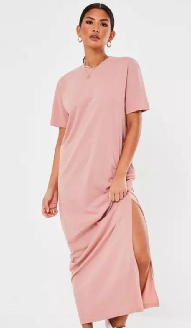 This T-shirt dress looks *so* comfy (Credit: Missguided)
