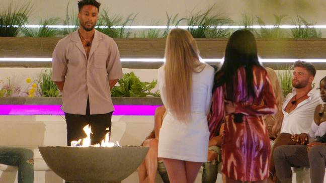 Teddy coupled up with Faye (Credit: ITV)