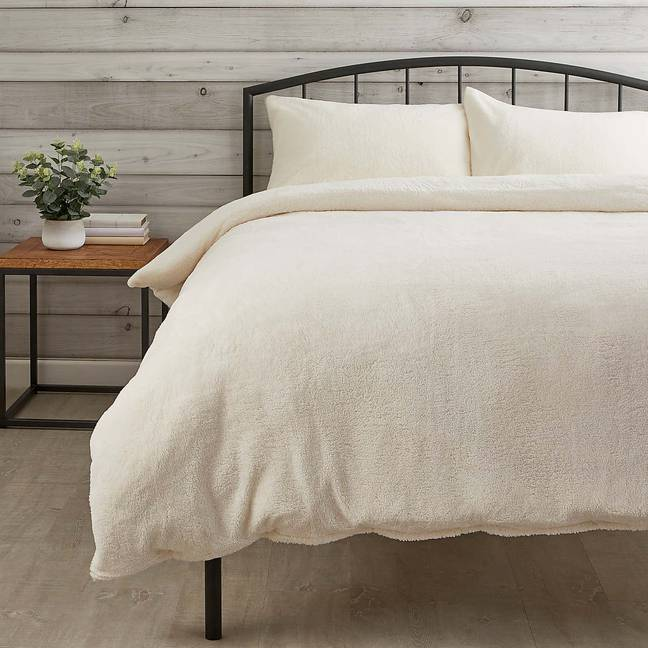 Super Cosy Fleecy Bed Sheets, Dunelm Teddy Bear Bedding Cream