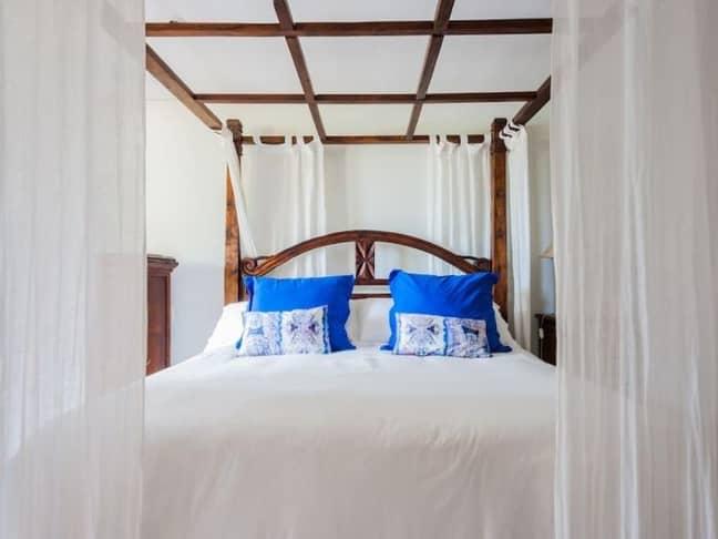 It sleeps 12 people across six bedrooms (Credit: Vrbo)