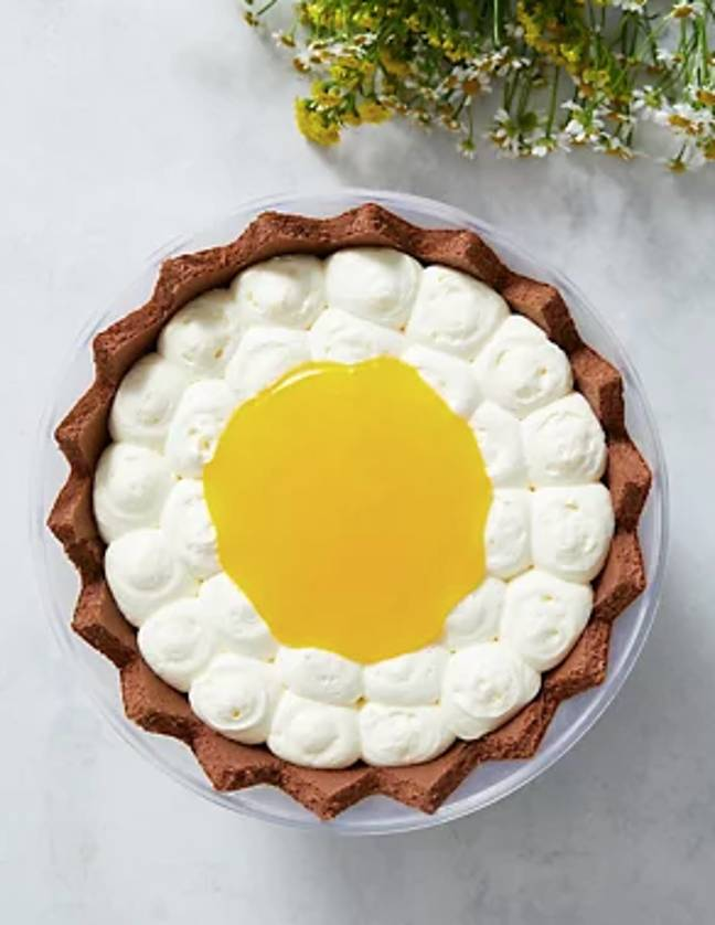 The 'egg' trifle is the perfect Easter dessert (Credit: M&S)