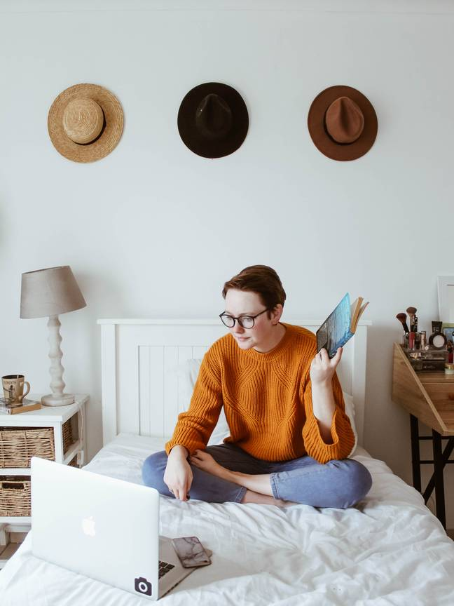 Working from bed could benefit your mental health (Credit: Unsplash)