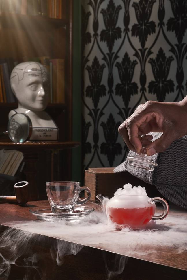 Solve crime cases while mixing the perfect cocktail (Credit: The Mind Palace)