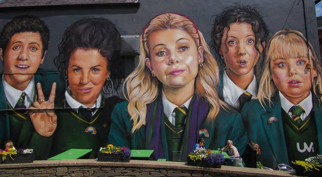 The tour finishes at the famous Derry Girls Mural where guests can take a selfie and be pledged as a Derry Girl, or boy (Credit: Geograph.ie)