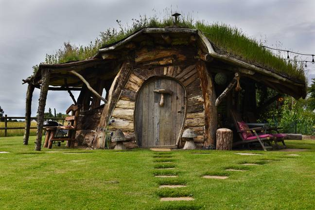 Amanda and Dave Robinson are renting out their hobbit hole (Credit: Caters)