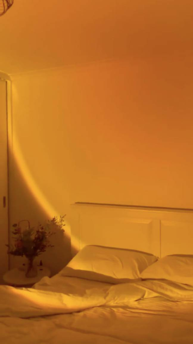 The lamp creates a sunset effect for your home (Credit: TikTok)