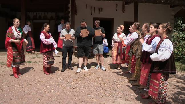 Andy plans a traditional Ukrainian wedding (Credit: E4)