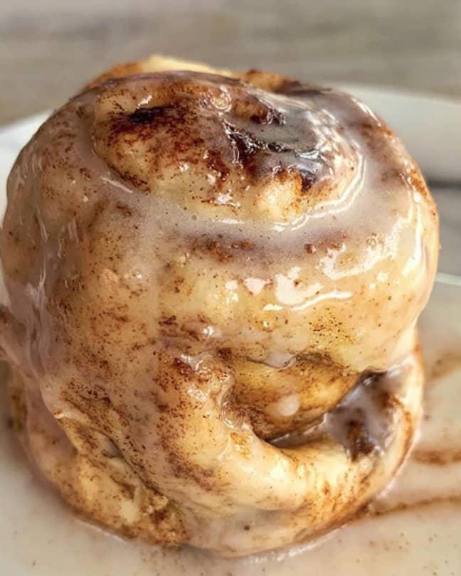 Eloise's cinnamon roll recipe looks delicious! (Credit: Eloise Head/FitWaffle Kitchen)
