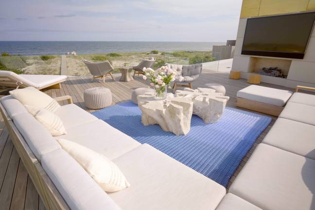 The series dives into the high stakes world of the Hamptons property market (Credit: Netflix)