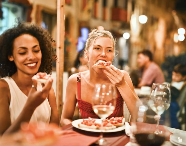 Dinners out are great but splitting the bill not so much (Credit: Pexels)