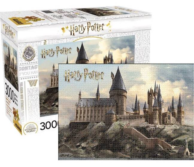 The 3,000-piece jigsaw is sure to keep puzzle muggles entertained for hours (Credit: Earth Entertainment)