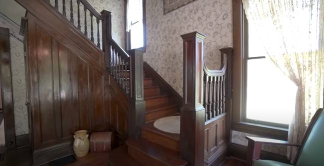 The house retains many of the original hardwood floors and period features (Credit: The Sisters Sold It)
