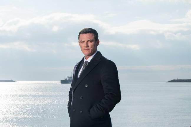 Luke Evans stars as a detective in The Pembrokeshire Murders (Credit: ITV)