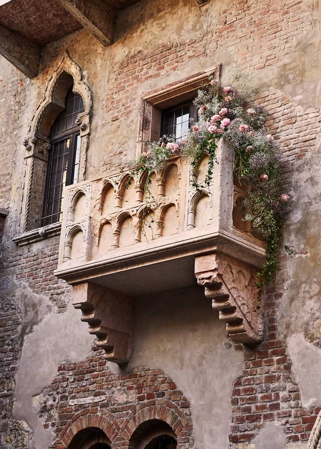 The property's beautiful stone balcony has made it a symbol of Shakespeare's iconic love story 'Romeo & Juliet' (Credit: Airbnb)