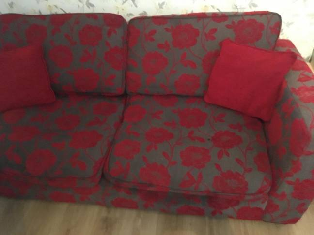 Becky's DFS sofas needed an upgrade (Credit: LatestDeals.co.uk)