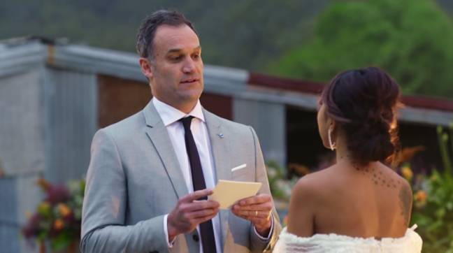 Mark reads his final 'vows' to Ning (Credit: Channel Nine)