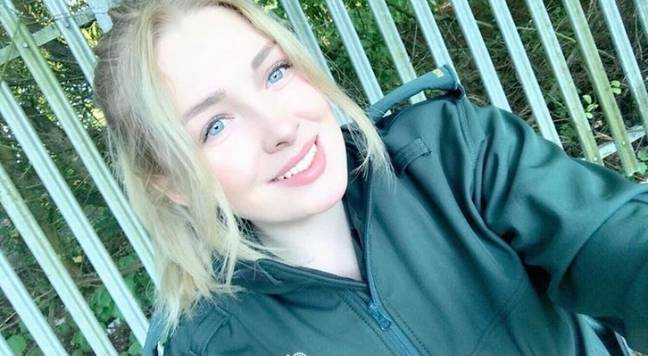 Lottie, 23, Paramedic for the West Midlands Ambulance Service (Credit:@_lottiieee_)