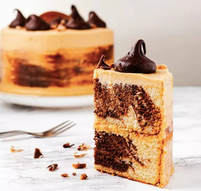 Baileys' new marble-effect cake is available to buy now (Credit: Baileys)
