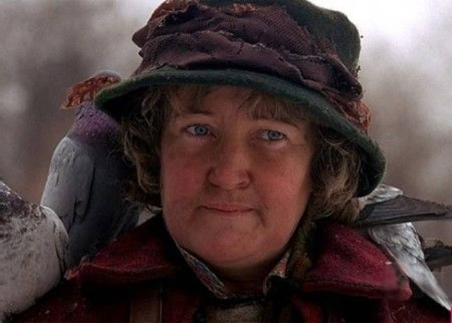 The pigeon lady in Home Alone 2: Lost in New York (Credit: 20th Century Fox)
