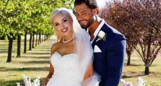 Married At First Sight's weddings weren't official (Credit: Channel Nine)
