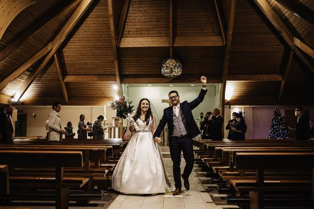 Rob and Nuala got married at three hours' notice (Credit: Content Bible/ David Dean Photographic)