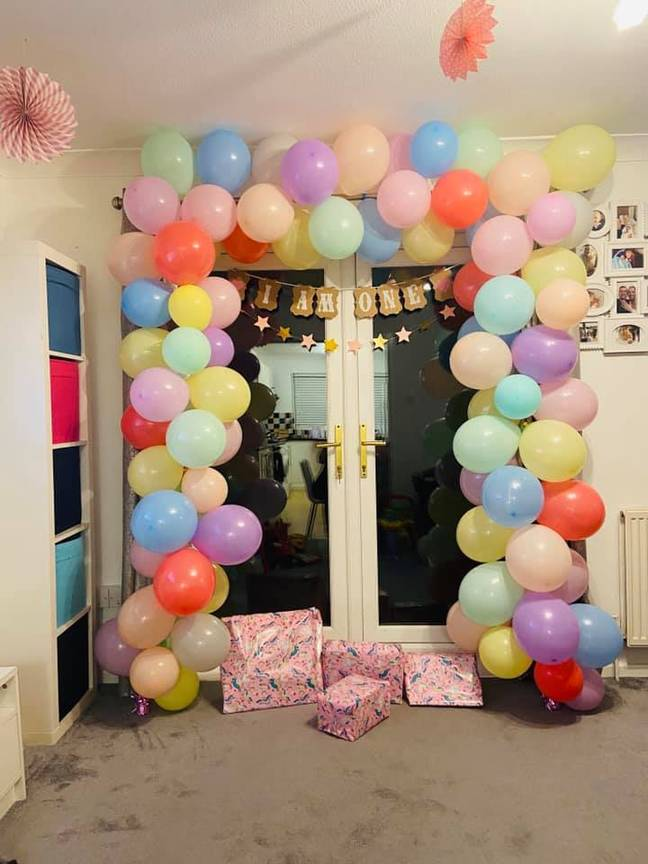 Aimee bought a balloon DIY arch for her little girl's first birthday after seeing them all over Instagram (Credit: Aimee Turner)