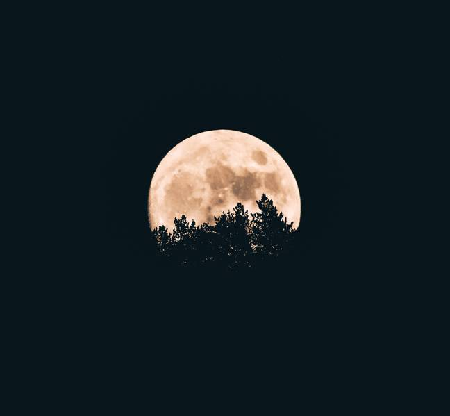 The full moon could affect our emotions, too (Credit: Unsplash)