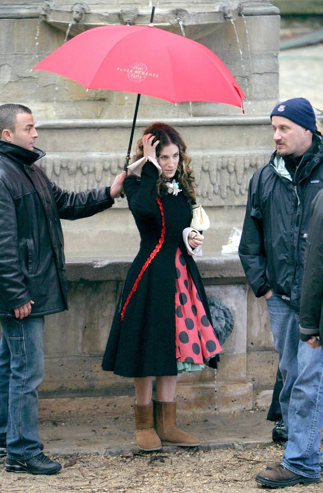 SJP swapped her Manolos for UGGs (Credit: PA)