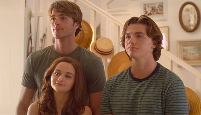 Elle, Noah and Lee in The Kissing Booth 3. (Credit: Netflix)